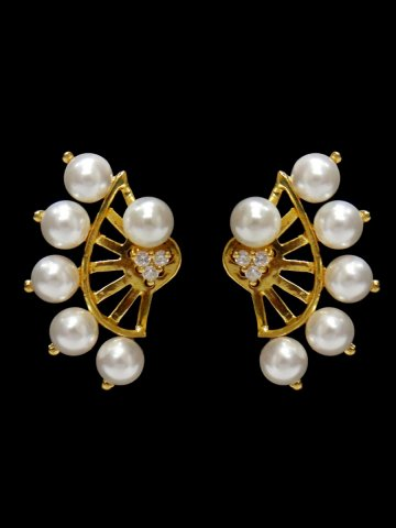 https://static3.cilory.com/129933-thickbox_default/american-diamond-earring.jpg
