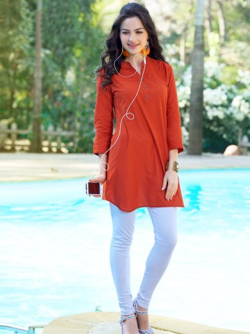 https://static4.cilory.com/134482-thickbox_default/red-cotton-readymade-kurti.jpg