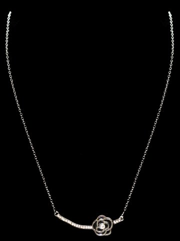 https://static.cilory.com/156997-thickbox_default/archies-beautiful-women-s-pendant.jpg