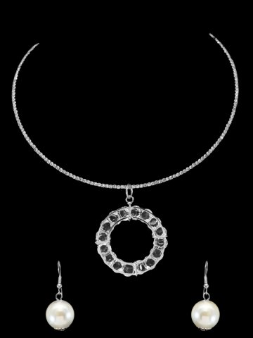 https://static9.cilory.com/169508-thickbox_default/beautiful-western-style-neckwear.jpg