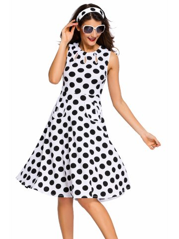 https://static2.cilory.com/206015-thickbox_default/white-polka-dot-bohemain-print-dress-with-keyholes.jpg