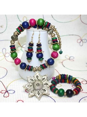 https://static1.cilory.com/25968-thickbox_default/handicraft-fashion-neckwear-set.jpg