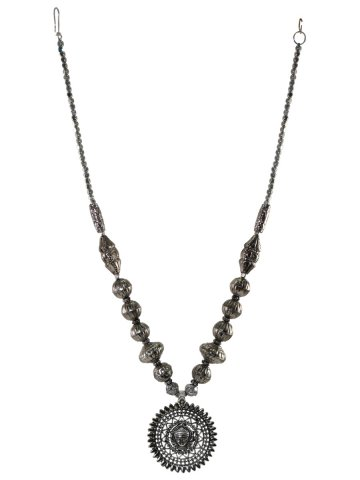 https://static7.cilory.com/392075-thickbox_default/traditional-oxidised-silver-handcrafted-necklace.jpg