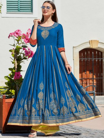https://static3.cilory.com/407334-thickbox_default/kajal-royal-blue-flared-printed-kurti.jpg