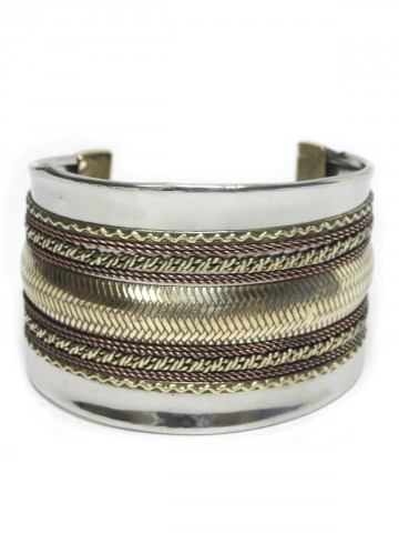 https://static.cilory.com/58818-thickbox_default/beautiful-metal-bangle.jpg