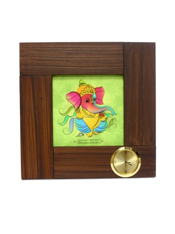 https://static1.cilory.com/85889-thickbox_default/shri-ganesha-wall-clock.jpg