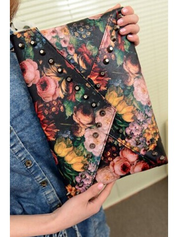 https://static8.cilory.com/87688-thickbox_default/floral-print-studded-envelope-bag.jpg
