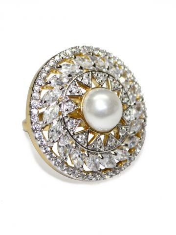 https://static9.cilory.com/97282-thickbox_default/luezern-american-diamond-white-ring.jpg